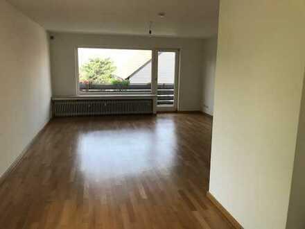 3,5-Raum-Wohnung im freistehenden Zweifamilienhaus