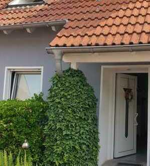 Gepflegte 5-Zimmer-Doppelhaushälfte in Buchholz, Duisburg