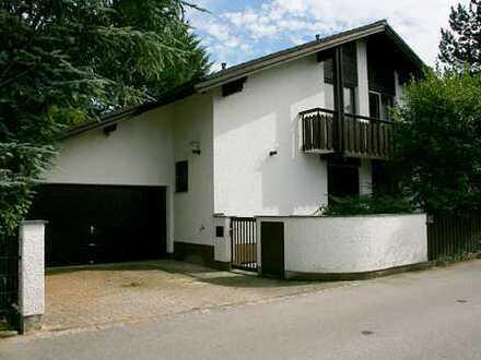 Voss GmbH - Traumhaftes Architektenhaus in Neugilching