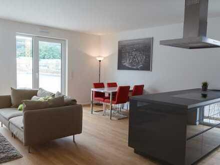 Helle 2-Zimmer-Wohnung mit Terrasse und Bulthaup-Einbauküche in Herdecke an der Ruhr, barrierefrei