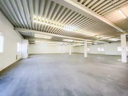 Lagerhalle mit Büro in verkehrsgünstiger Lage