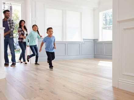 Traumgrundstück mit Altbestand für den Bau eines Mehrfamilienhauses oder Reihenhäuser