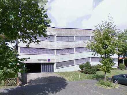 Abschließbare Garagen in Chorweiler/ Warthestraße
