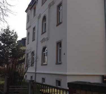 Im Grünen: Kl. Büro in schöner Villa in Klotzsche