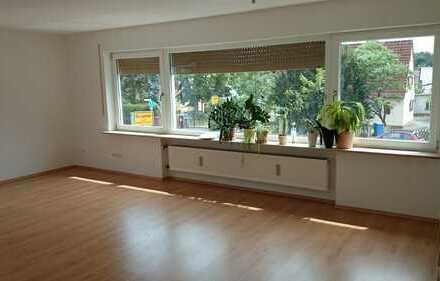 Helle 3,5 Zimmer Wohnung - 95m² - Erlangen Ost