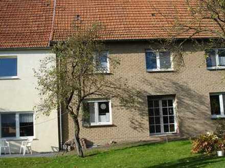 2 Familienhaus mit Einliegerwoh. 1200-2300 m2