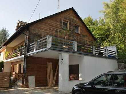 Schönes Haus mit Einliegerwohnung in Deggendorf (Kreis), Bernried