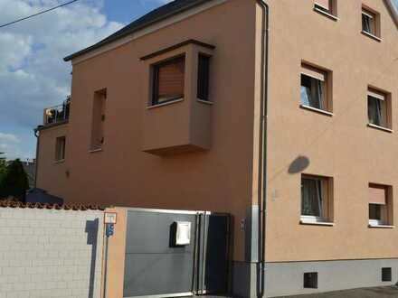 Großzügiges Zweifamilienhaus mit Garten in Oppau, Ludwigshafen am Rhein