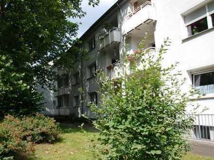 Schöne 3-Zimmer Erdgeschosswohnung mit Balkon in Friemersheim
