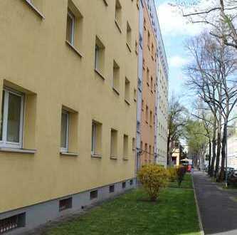 *Bezugsfreie* 2-Zimmerwohnung in Ma-Neckarstadt
