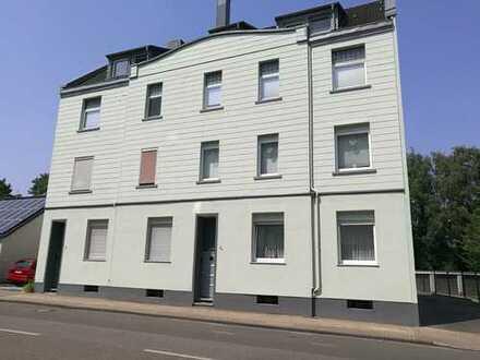 2-Zimmer-DG-Wohnung zu vermieten