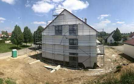 Geräumige DHH - Neubau - Ideal für Familien und Pendler