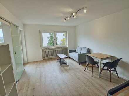 Möbilierte 1 Zimmer-Wohnung mit Stellplatz und Balkon