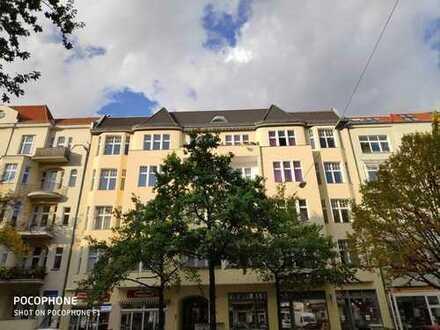 Grandiose 5-Zimmer-Altbauwohnung, Loggia, Aufzug, 2 Bäder uvm. b. Volkspark Wilmersdorf