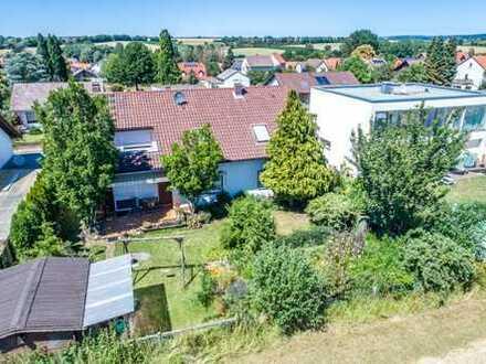 Oberissigheim-Großzügiges Haus in Feldrandlage