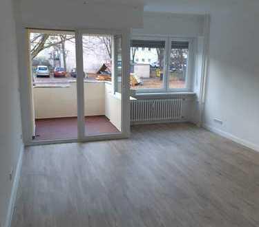 Komplettsanierung, 2 Zimmer mit Balkon