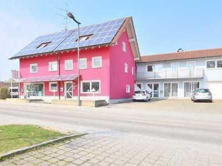 Schönes, geräumiges Haus mit acht Zimmern in Dingolfing-Landau (Kreis), Eichendorf