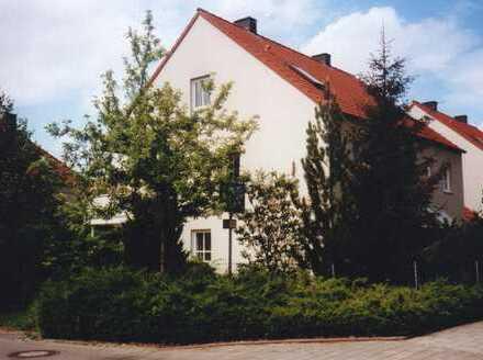 Schönes Haus mit vier Zimmern in München, Bogenhausen
