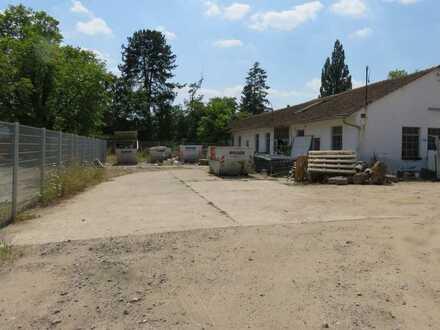 Vielseitig nutzbare Freilagerflächen ab 2000m² im Gewerbegebiet von Mannheim-Rheinau zu vermieten
