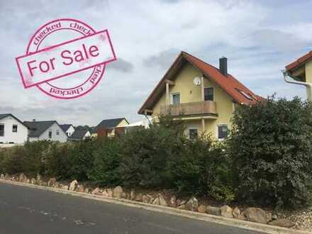Schönes und neuwertiges Einfamilienhaus in Mitterteich, (Pleussen)