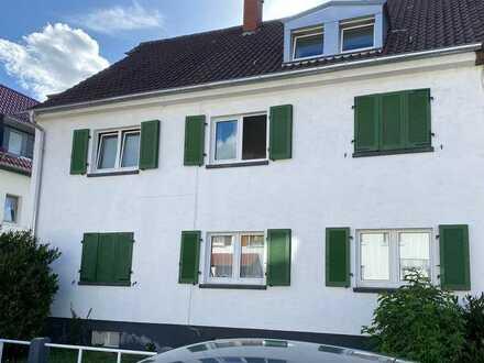 Gepflegte 5-Zimmer-Dachgeschosswohnung mit Einbauküche in Heidelberg