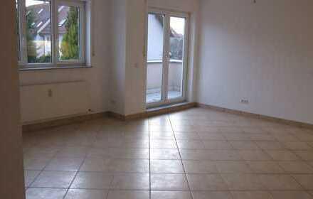 Lichtdurchflutete, ruhige Wohnung im Schälzig mit 2 Balkonen! 2,5 Zimmer für 1-2 Personenhaushalt