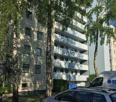 Delmenhorst // Helle 3-ZKB-Wohnung mit Balkon zu vermieten