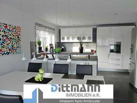WOHLFÜHLGARANTIE ! Hochwertige 5 ½ -Zimmer-Terrassenwohnung in traumhafter Wohnlage von Ebingen