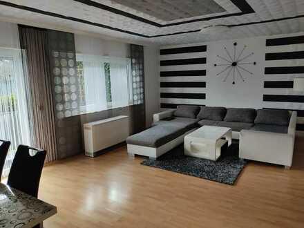 Schöne und gepflegte 4-Zimmer-Erdgeschosswohnung mit Balkon in Neulußheim