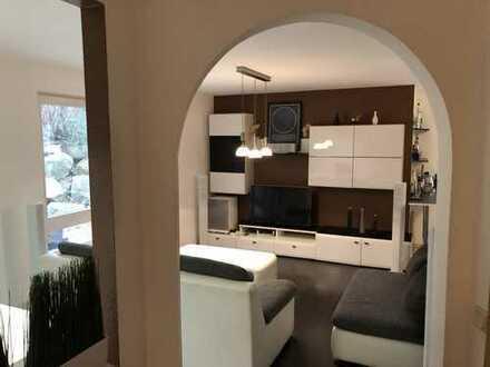 Stilvolle, modernisierte 2-Zimmer-Wohnung mit Garten und Garagenstellplatz in Bietigheim-Bissingen