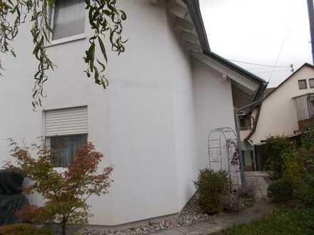 Großes EFH Haus in Renningen, ruhige Lage