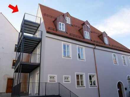 Mitten in der Altstadt: Traum-Dachgeschosswohnung - Erstbezug nach Kernsanierung!