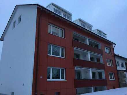 Renovierte 3 Zimmer Wohnung mit Balkon und Garage