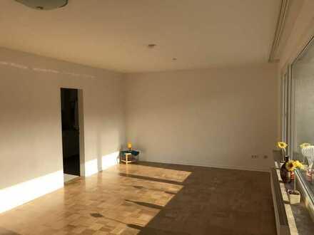 1-Zimmer-Wohnung mit Balkon und Einbauküche in Peine