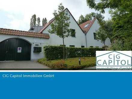 Wunderschöne Wohnung mit Terrasse & Stellplatz auf Rittergut in Merheim!
