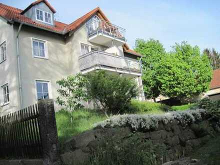 Gepflegte 2-Zimmer-Wohnung mit Balkon in Dresden-Hosterwitz