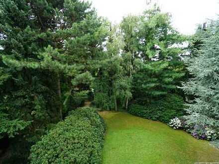Luxus am Gallberg: Tolle DG Whg. mit großer Terrasse, Blick ins Grüne und Garage
