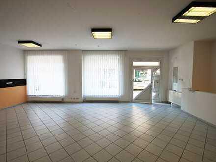 Kleines Ladenlokal/Büro mit großen Schaufenstern im Zentrum von Raesfeld