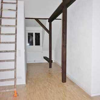 Besonders charmant! Neu ausgebaute 1-Zimmer-Dachgeschosswohnung