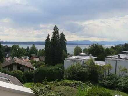 Großzügige 2-Zimmer-Maisonette-Wohnung mit See und Gebirgspanoramablick