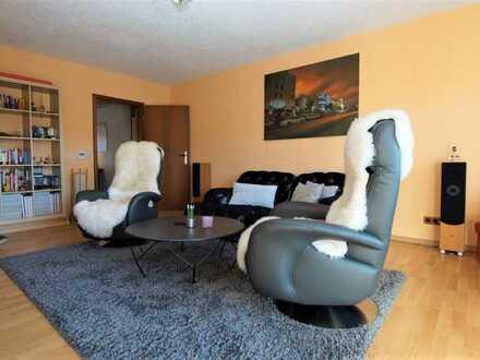 4-Zimmer-Eigentumswohnung mit ca. 100m² Wohnfläche und Weitblick über die Dächer inkl. Garage