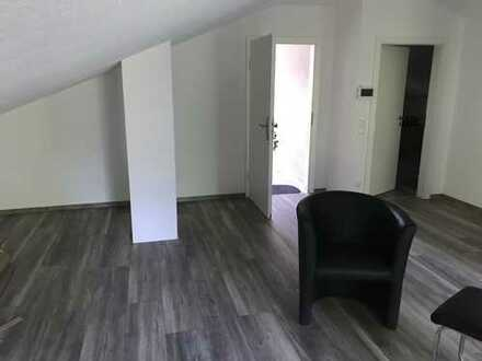 Schöne, geräumige zwei Zimmer Wohnung in Neuenstadt am Kocher mit EKB