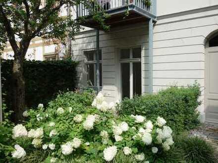 """""""Villa Sophie"""": Ruhige 2-Zimmer-Wohnung mit Garten-Terrasse"""