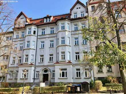 Schöne, helle 4-Zimmer-Wohnung im sanierten Gründerzeithaus