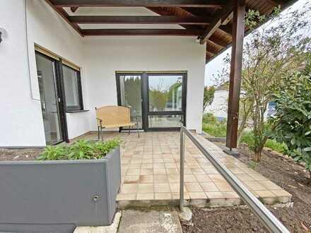 6333 - Großzügige 3,5-Zimmerwohnung mit Wohlfühlcharakter - Terrasse u. Garten!