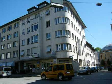 Neu renovierte und sanierte Wohnung zentral gelegen (Am Sedansplatz)