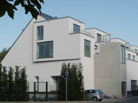 Schöne großzügige Maisonettewohnung in Köln-Poll