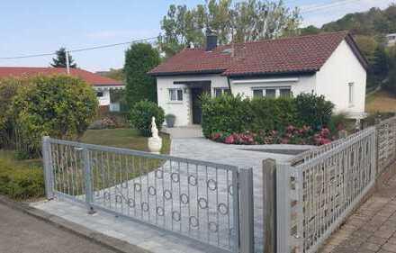 Einfamilienhaus in sonniger Lage mit schönem Blick ins Grüne