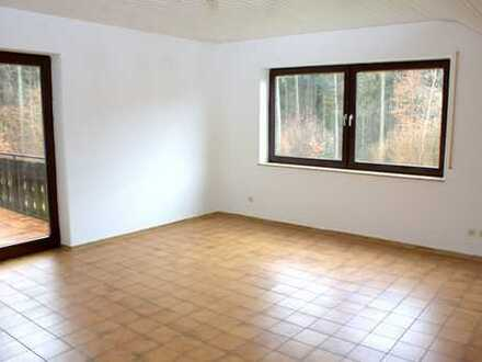 Attraktive 1-Zimmer-Dachgeschosswohnung mit Einbauküche in Ulm-Wibl