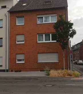 Ansprechende, gepflegte 2-Zimmer-DG-Wohnung in Mönchengladbach